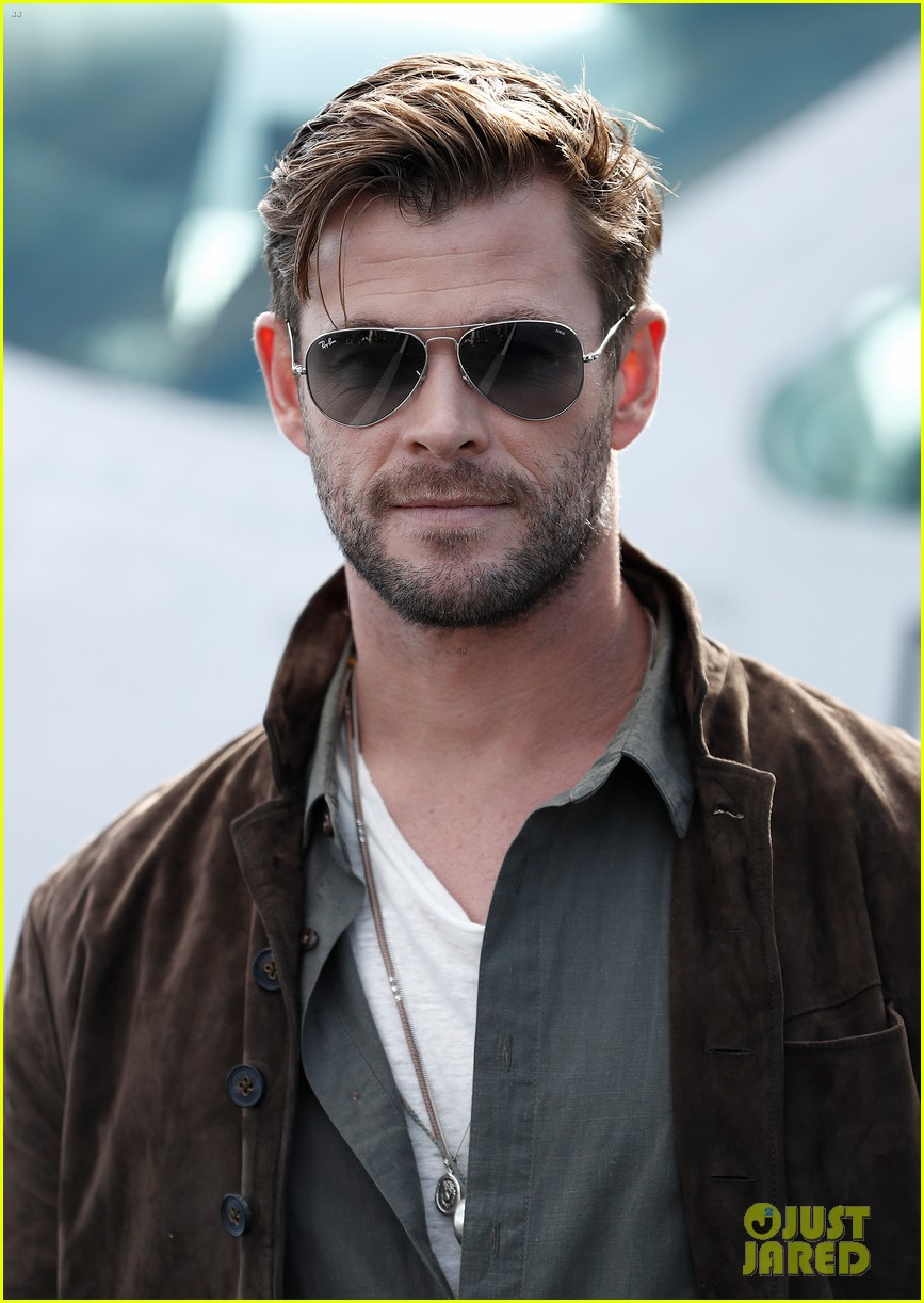 Chris Hemsworth Promotes New TAG Heuer Collection in Sydney: Photo 4314426 | Chris Hemsworth Pictures | Just Jared