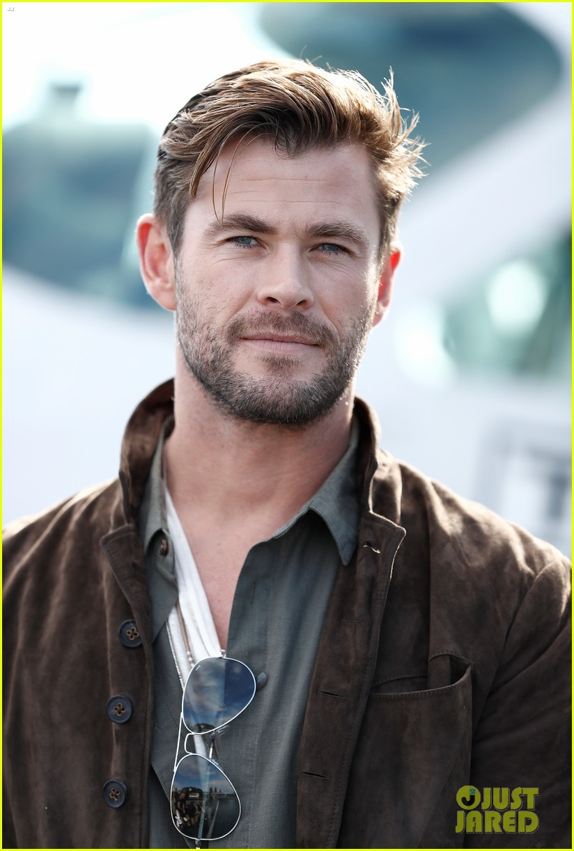 Chris Hemsworth Promotes New TAG Heuer Collection in Sydney: Photo 4314429 | Chris Hemsworth Pictures | Just Jared