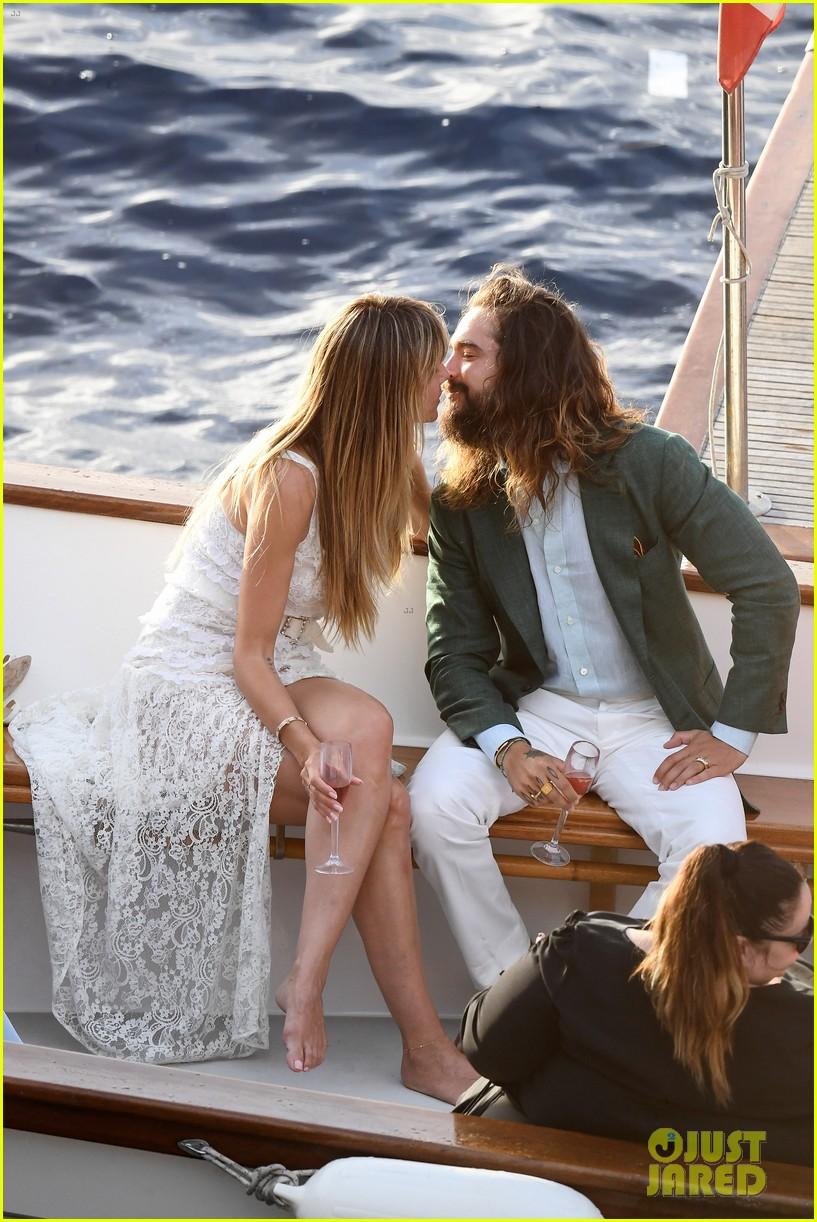 Heidi Klum  Tom Kaulitz Kiss on a Boat Before Second