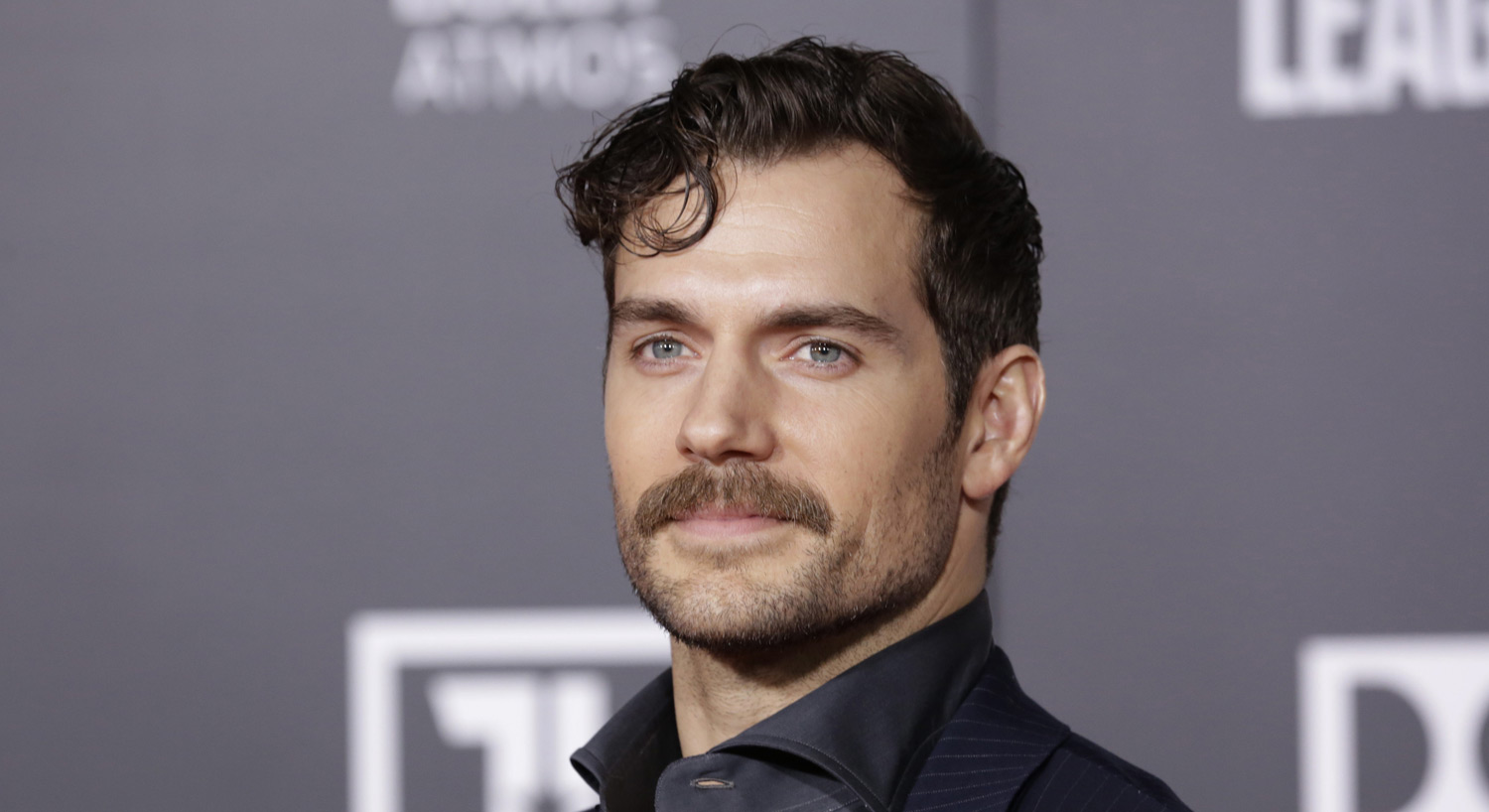 Non American Henry Cavill Gives His American Dog A