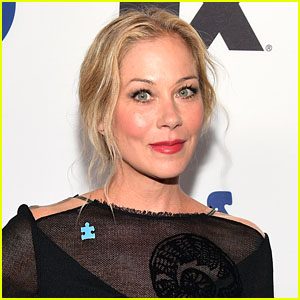 Christina Applegate Will Star in Upcoming Netflix Dark Comedy Series 'Dead To Me'!