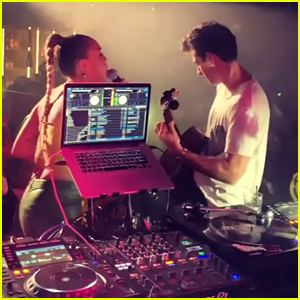 Miley Cyrus & Mark Ronson Perform 'Nothing Breaks Like a Heart' in London - Watch!