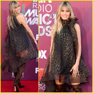 Heidi Klum Hits the Carpet at the iHeartRadio Music Awards 2019