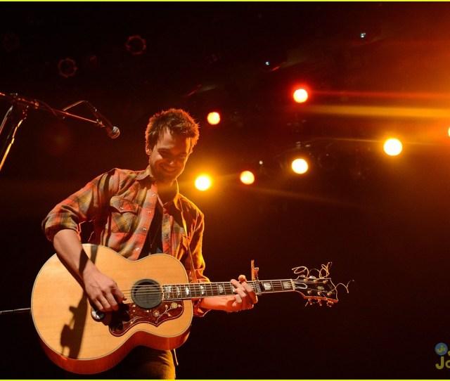 Tyler Hilton Gramercy Concert 07