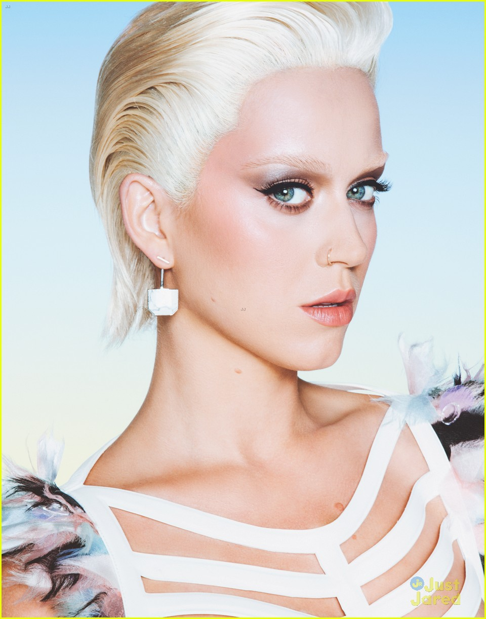 Katy Perry Eye Brows : perry, brows, Perry, Looks, Different, Bleached, Blonde, Eyebrows:, Photo, 809288, Perry,, Magazine, Pictures, Jared