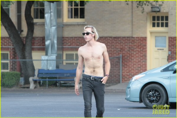 Riker Lynch Shirtless 'colossal Youth' Set