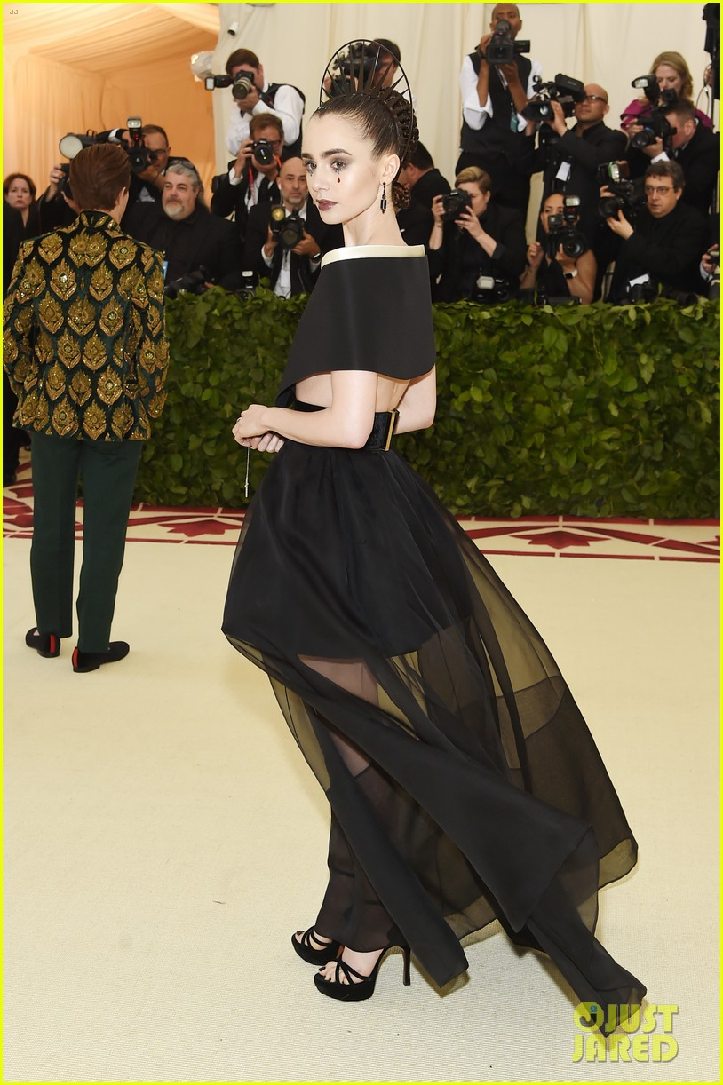 Image result for 2018 met gala pictures