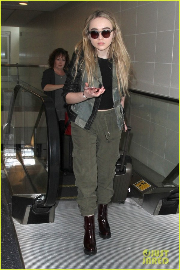 20 Sabrina Carpenter Yoga Pants 2016 Pictures And Ideas On Meta
