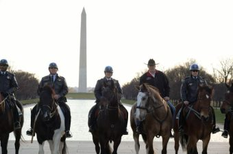 Secretary Zinke with USPP horse mounted unit on the National Mall (U.S. Department of the Interior/Flickr)