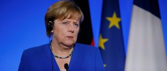 Merkel Will Not Set Limit on Incoming Refugees