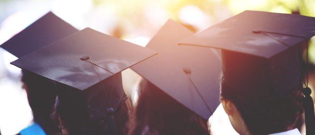 Grad Caps Shutterstock e