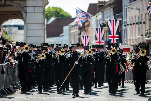 WINDSOR, ENGLAND - MAY 17: A military band take part in a dress rehearsal of the wedding of Prince Harry and Meghan Markle outside Windsor Castle on May 17, 2018 in Windsor, England. (Photo by Jack Taylor/Getty Images)
