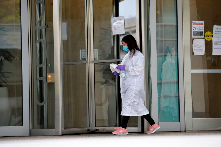 Russia Approves 1st Coronavirus Vaccine Amid Race For Cure ...