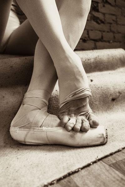 風光背後:15 張令你重新認識芭蕾舞的相片! - DCFever.com