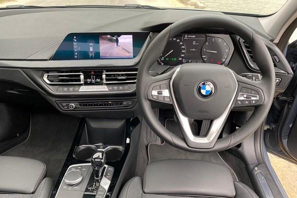 BMW 118i Sport 香港規格、價錢及介紹文 - DCFever.com