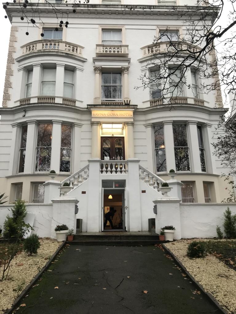 Ravna Gora London Home