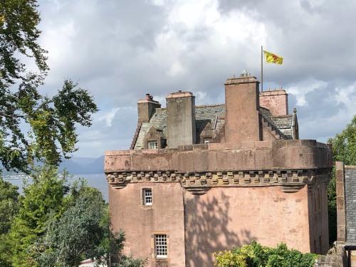 Castle Levan B B Gourock United Kingdom Toproomscom