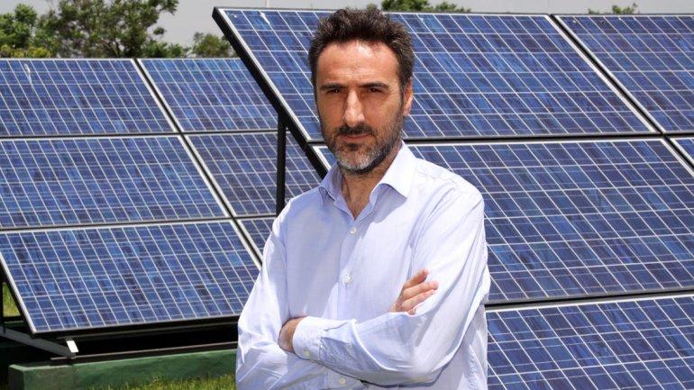 Juan Carlos Villalonga fue años atrás la cara visible de Greenpeace. En 2013, pasó a las filas del macrismo y presidió la Agencia de Protección Ambiental porteña. El 2015 resultó electo diputado de la Ciudad por el frente Cambiemos.
