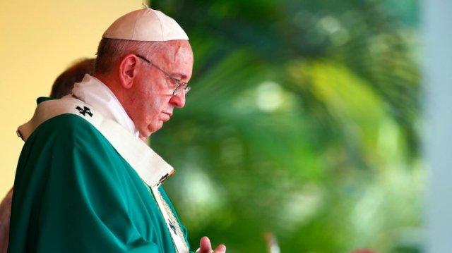 El papa Francisco volvió a condenar la violencia