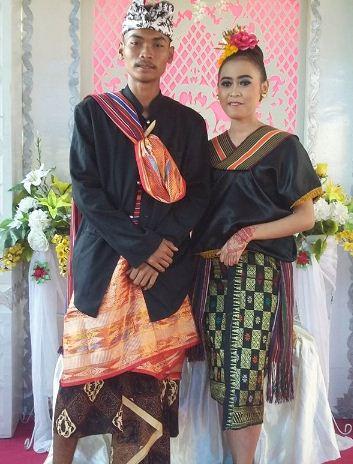 Pakaian Adat Suku Sasak : pakaian, sasak, Inilah, Pakaian, Tradisional, Indonesia, Indozone.id