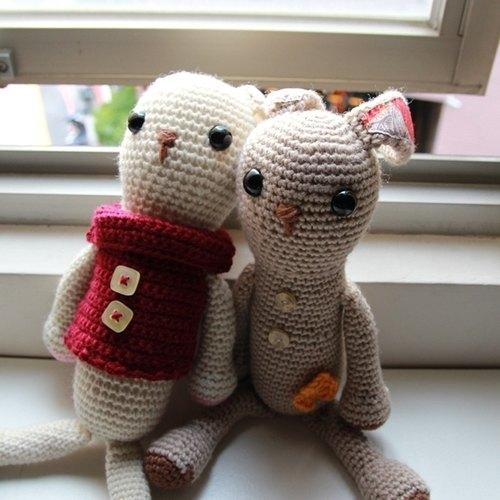 【布。棉花】毛線娃娃。兔子造型毛線玩偶(出清款) - 布。棉花 | Pinkoi