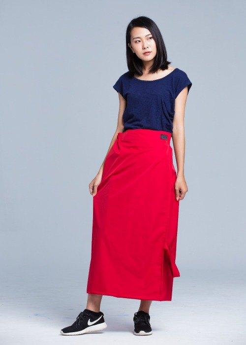 巴黎彩虹 簡約優雅一片裙/防曬/防水/胭脂紅 - 巴黎彩虹氣候時尚基地 | Pinkoi