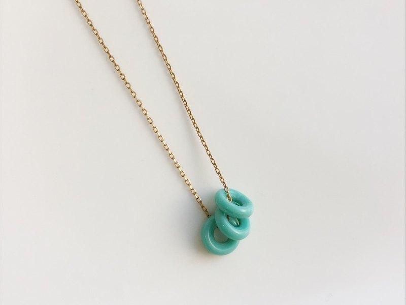 提芬妮藍圈圈 黃銅項鍊 - 設計館 moimoi - 項鍊 | Pinkoi