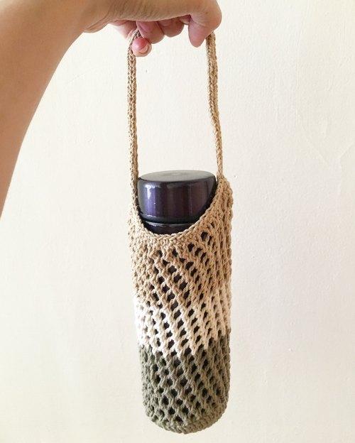 網狀編織水壺提袋/飲料提袋(無印的卡其配色) - 編編 [ bianbian ]   Pinkoi