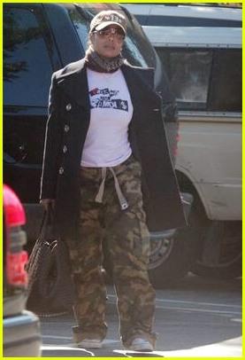 Janet Jackson Famous TShirt Photo 207371  Janet Jackson