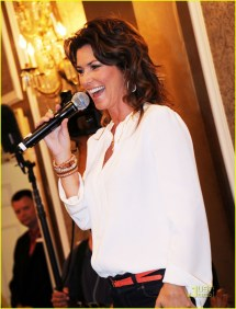 Shania Twain Brunch & Book Signing With Oprah Audience