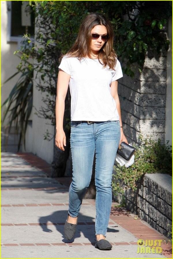 Photos of Mila Kunis in White Jeans