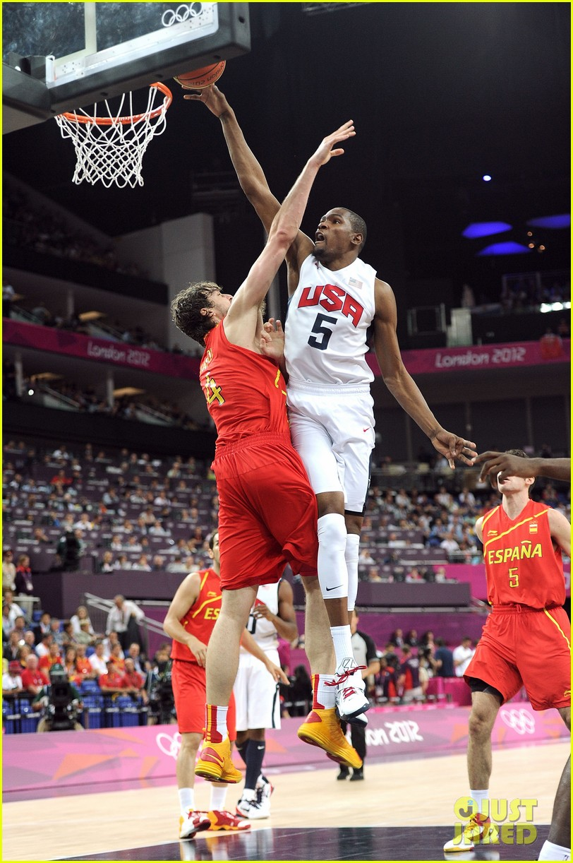 USA Mens Basketball Wins Olympic Gold Photo 2700672