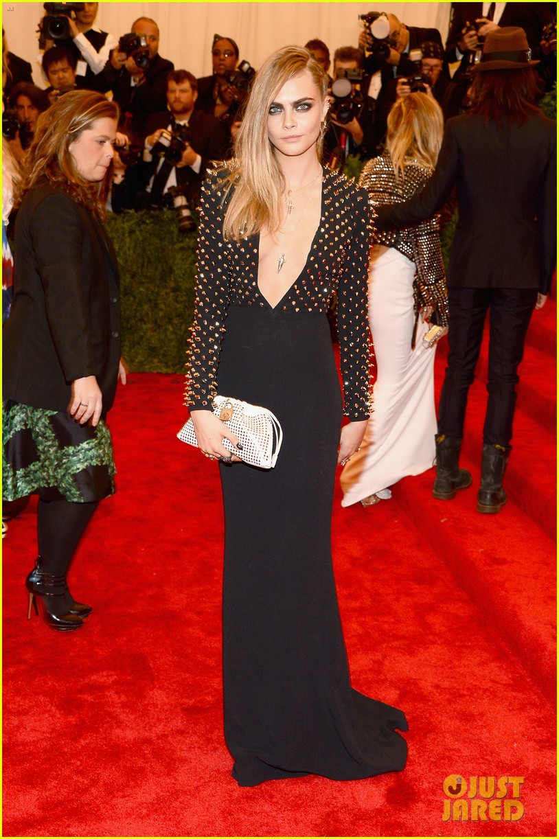 rita ora cara delevingne met ball 2013 red carpet 02