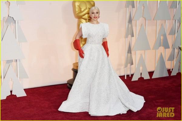 Lady Gaga in Azzedine Alaïa Oscars 2015