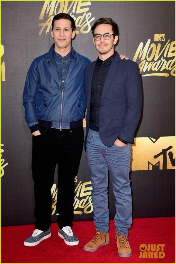 Melissa Mccarthy & Amy Poehler Win Mtv Movie Awards