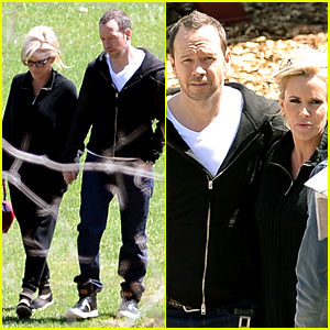 Jenny McCarthy & Donnie Wahlberg Spotted in Upstate New York After Engagement News!