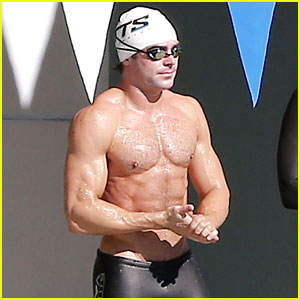 Zac Efron Goes Shirtless for 'Baywatch' Swimming Lessons!