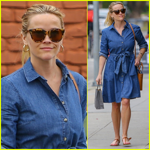 Reese Witherspoon Kicks Off Her Day at the Spa