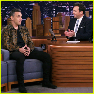 Sebastian Maniscalco Talks Hosting MTV VMAs 2019 on 'Tonight Show' - Watch Here!