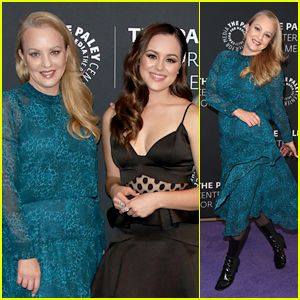 Wendi McLendon-Covey Shows Off 'Goldbergs' Fashion With Hayley Orrantia During Paley Center Exhibit Preview