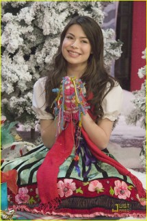 Miranda Cosgrove Big Time Rush Christmas