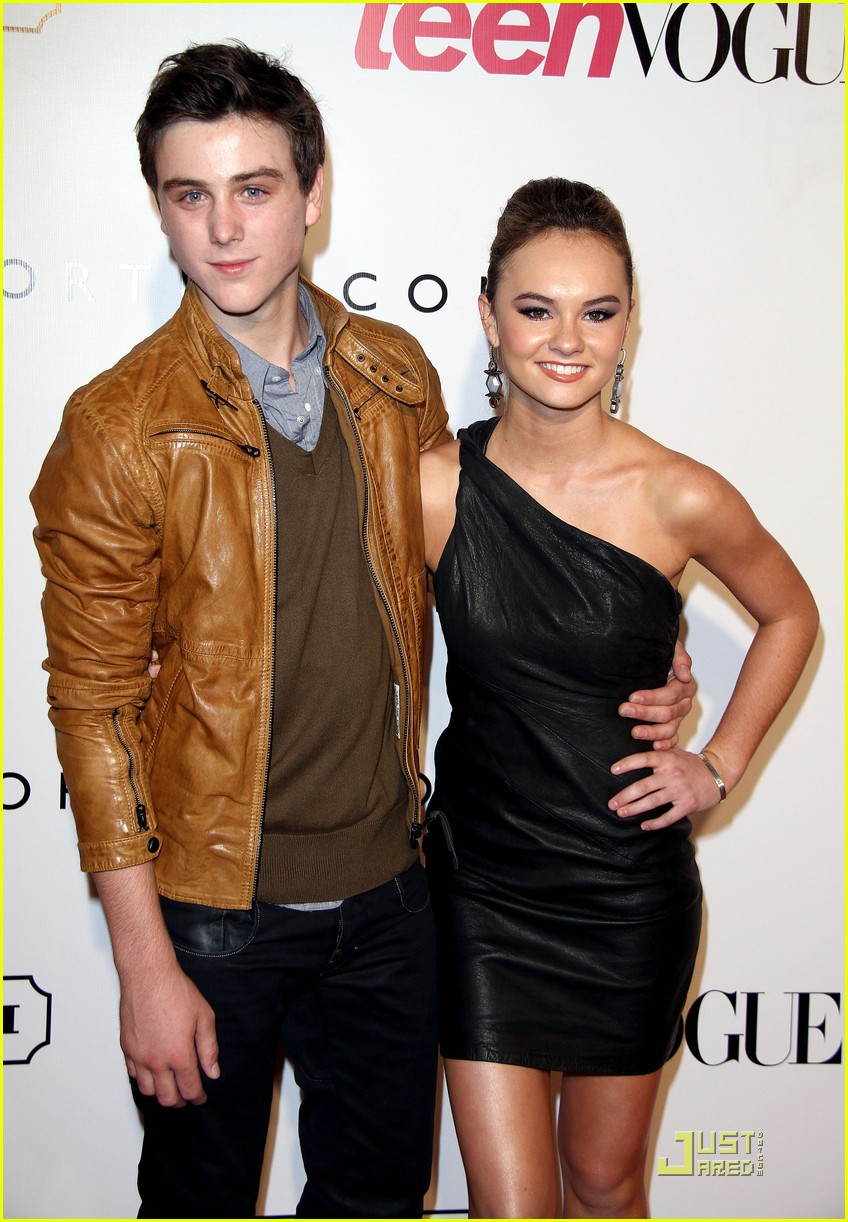 Is madeline carroll dating callan mcauliffe