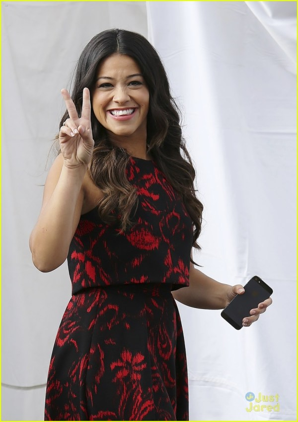 Gina Rodriguez Raps With Access Hollywood' Billy Bush
