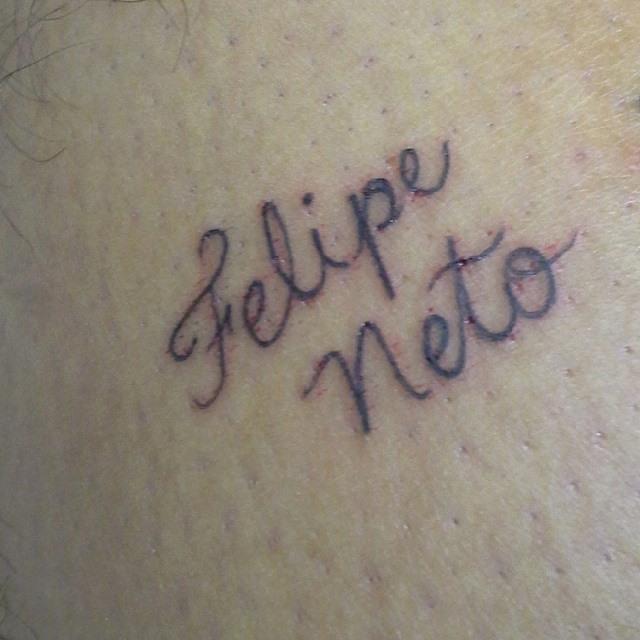 Resultado de imagem para Tatuagem Felipe Neto