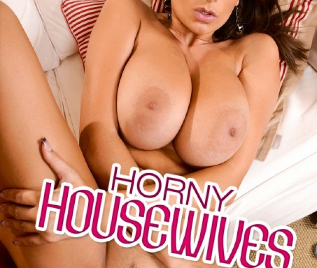 Horny Housewives 3 Play