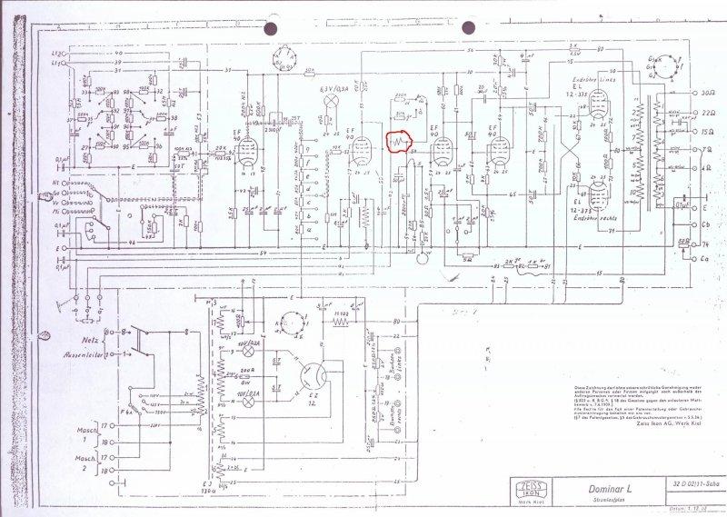 2x Zeiss Ikon Dominar L cinema tube amplifier in work