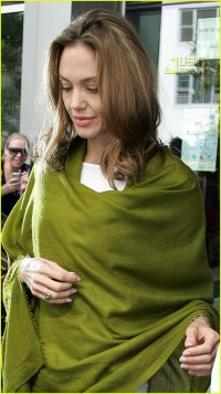 Full Sized Photo of angelina jolie green shawl 02 | Photo ...