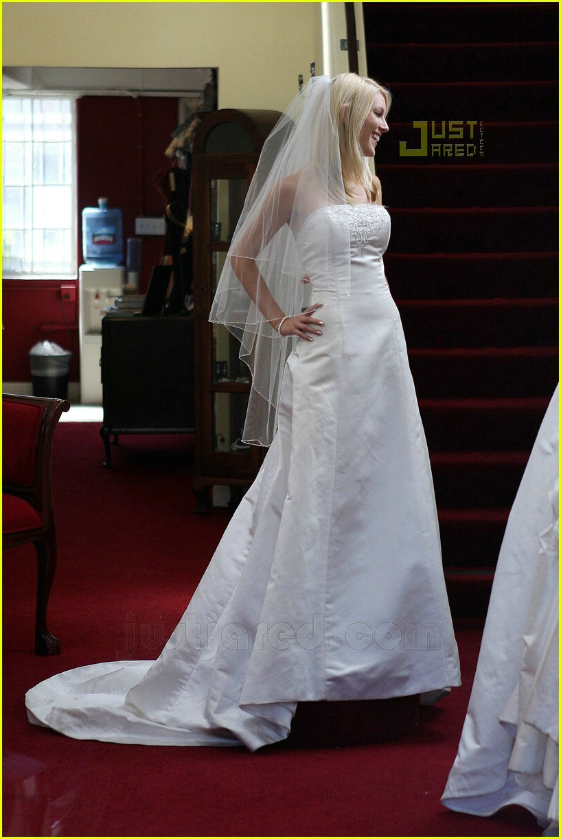 Heidi Montag Goes Wedding Dress Shopping Photo 563591  Heidi Montag Pictures  Just Jared