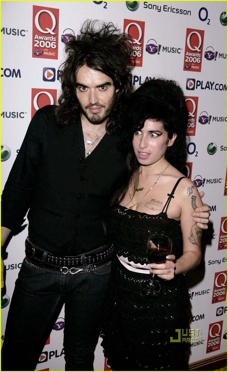 Russell Brand Remembers Amy Winehouse Photo 2563395  Amy