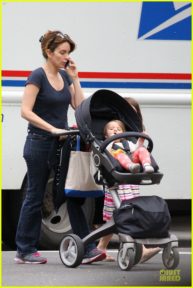 baby chair carrier flip flop win a free stokke photo 2817531 contests pictures just jared